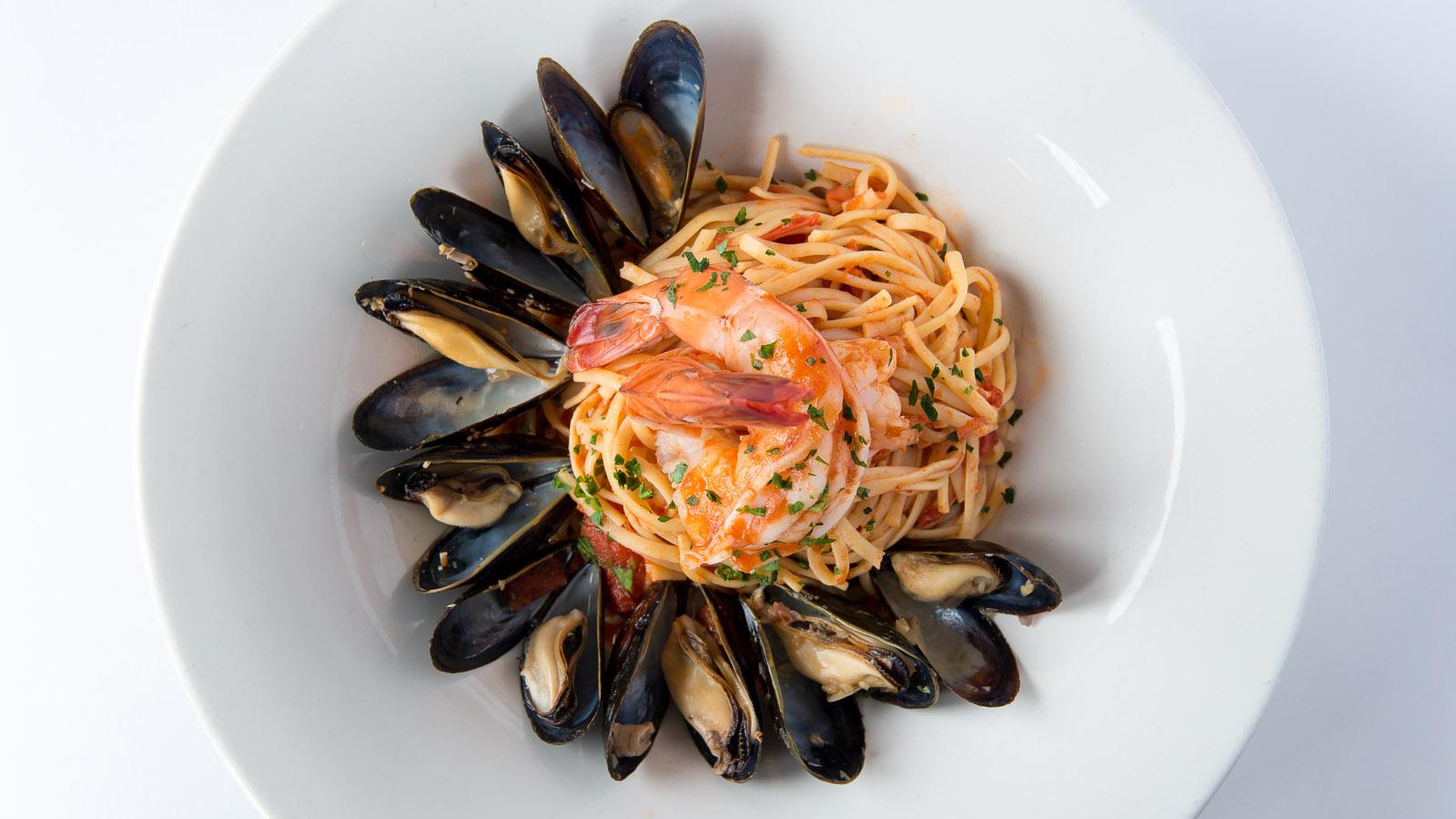 tonys-shrimp mussels
