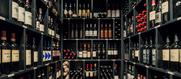 wine-cellar-tonys of cincinnati