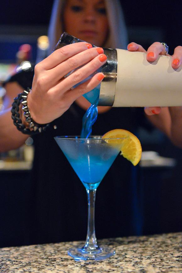 tonys-bartenders2