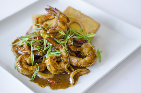 tonys-88 shrimp grits